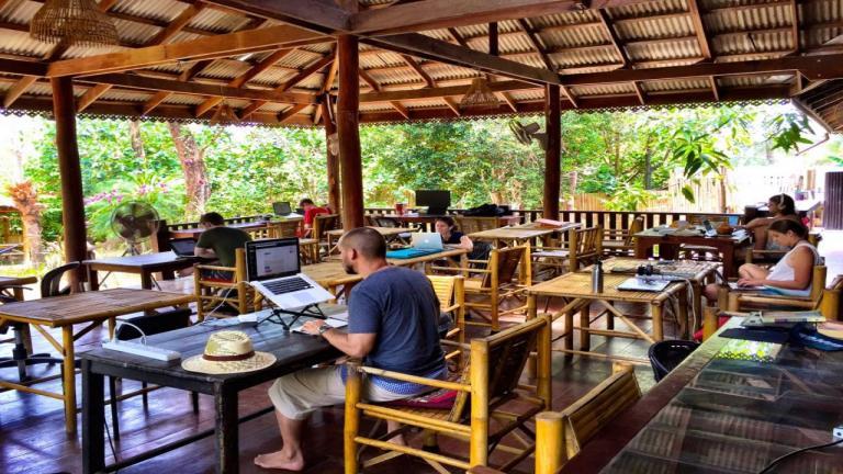 Lavorare in estate: i coworking più belli della Thailandia